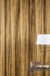 White Lamp Limba, Black wall